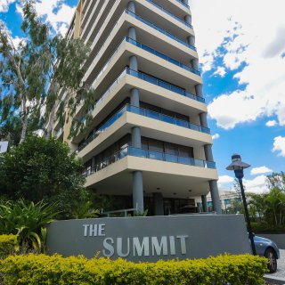 The Summit Apartments V2 34